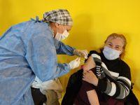 Hoy se vacunará a más de 8 mil personas