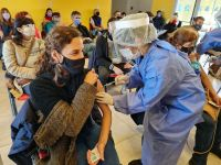 """""""El 50% de los argentinos y argentinas tiene su esquema de vacunación completo"""""""