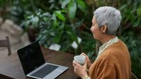 Beneficio para jubilados: podrán comprar una computadora en hasta 40 cuotas fijas