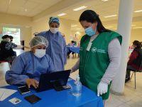 Este lunes fueron convocadas más de 10 mil personas para recibir sus vacunas