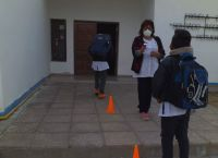 Cinco escuelas de los departamentos de Ayacucho y Chacabuco regresan a las clases presenciales
