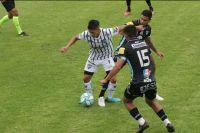 El merlino Brahian Cuello debutó en Almagro con un triunfo