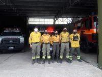 Bomberos voluntarios de la Villa de Merlo colaboran para sofocar un incendio forestal en Chaján, Córdoba