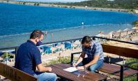 Construirán una nueva playa en el perilago del Piscu Yaco