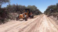 Continúan los trabajos de reconstrucción y mantenimiento en numerosos caminos de la provincia