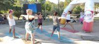 Yoga al aire libre en diferentes puntos de la provincia